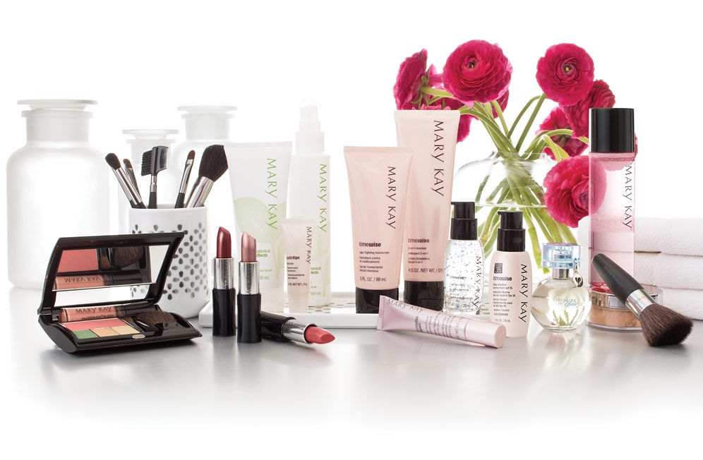 $15 for $30 Worth of Cosmetics Plus a Facial, Makeover, and Gift Bag from Mary Kay